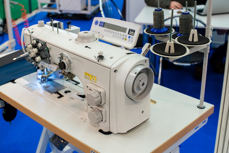 When to Use an Industrial Sewing Machine