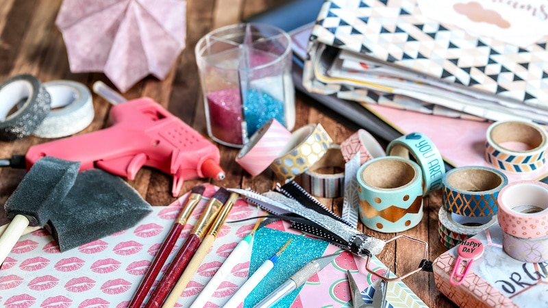 Supplies You Need to Make a Scrapbook