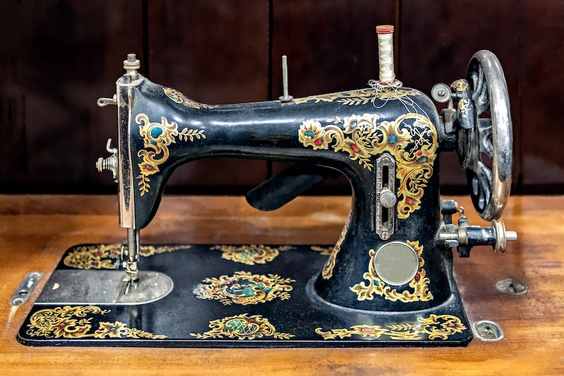How the First Sewing Machines Were Made
